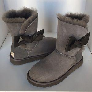 d531aa80a92 UGG Shoes   New Ascot Charcoal Slippers Fits Men Women   Poshmark